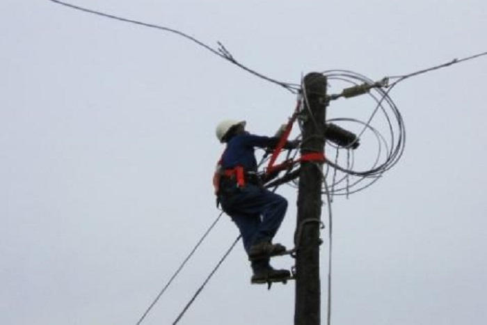 Marche des populations de Niaguis : La Senelec réagit et installe les poteaux électriques