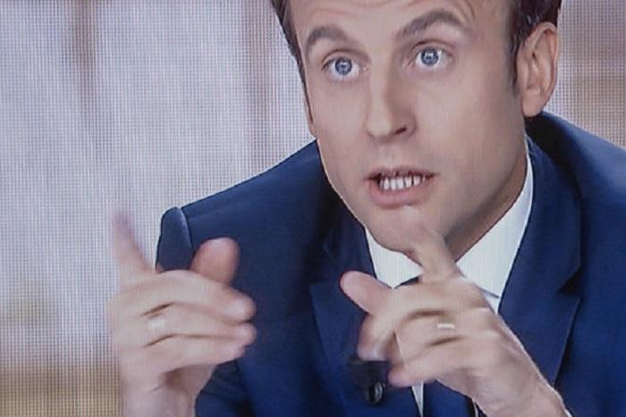 Macron porte plainte pour « faux » à la suite de la propagation d'une rumeur sur un compte offshore