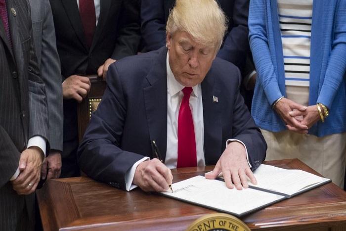 Cybersécurité et fraude électorale: Trump signe deux décrets qui font polémique