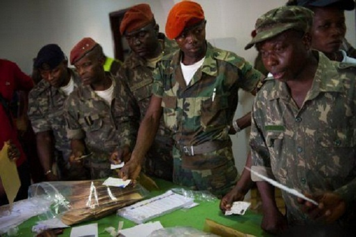 Audit de l'armée gambienne :  des soldats infiltrés découverts