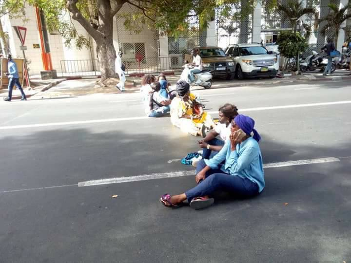 Manifestation pour la libération de Khalifa Sall : les 18 femmes de «Taxawou Dakar» arrêtées puis libérées