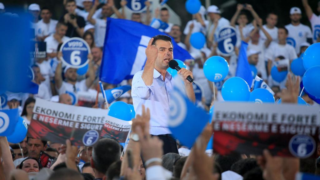Elections législatives en Albanie après une campagne polluée par des invectives