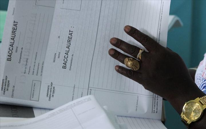 Annulation du Bac au Sénégal : Les internautes traitent le sujet sur Twitter et sur Facebook