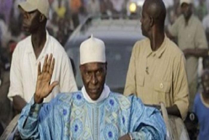 Urgent : Me Wade vient de fouler le sol du Sénégal