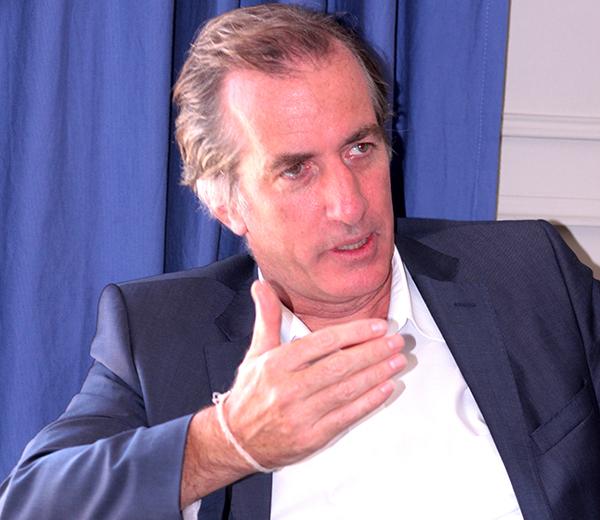 « La France va favoriser des visas dits de circulation … », Christophe Bigot