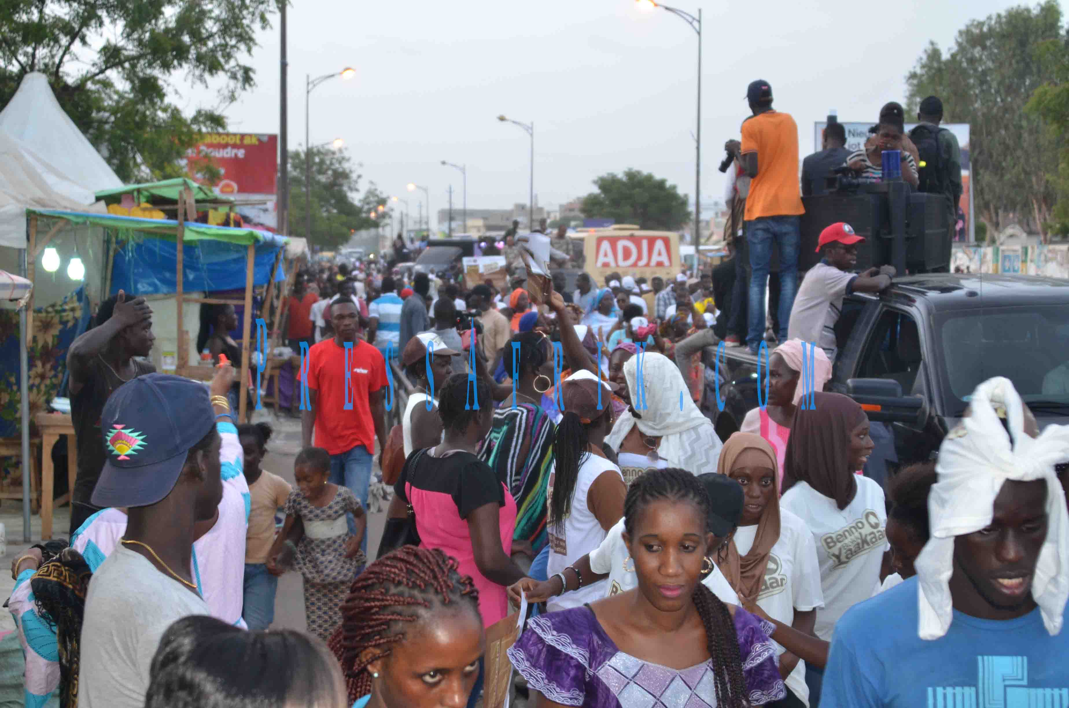 Législatives 2017 : BBY mobilise aux Hlm et à Scat Urbam (Images et videos)