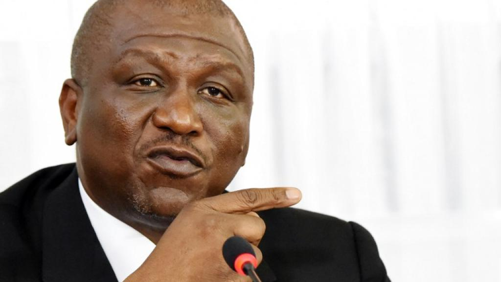 Remaniement en Côte d'Ivoire: Bakayoko à la Défense, Coulibaly récupère le Budget