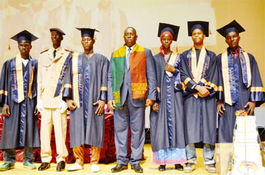 Le Sénégal fête l'excellence: Macky prime les 137 lauréats du Concours général