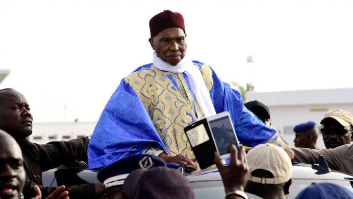Suivez en direct la marche bleue de Me Abdoulaye Wade dans les rues de Dakar
