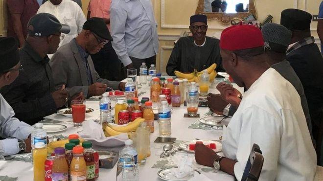 Nigéria : une photo de Buhari à Londres publiée