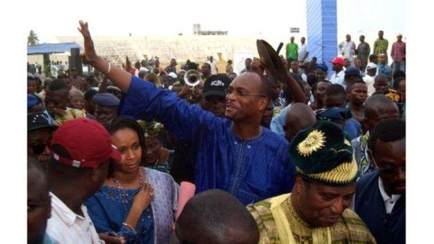 Bénin: le maire de Cotonou suspendu