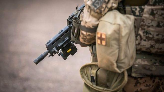  Mali: des armes découvertes chez un responsable