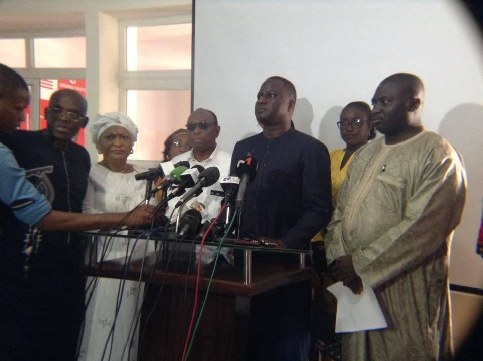 Suivez en direct la conférence de presse de Manko Taxawu Senegaal au siège du Grand parti