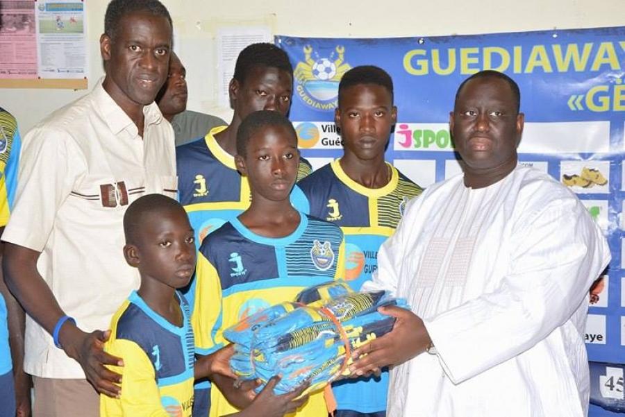 """Les dirigeants de Guédiawaye football club flinguent le maire Aliou Sall : """"Il ne fait rien pour le club"""""""
