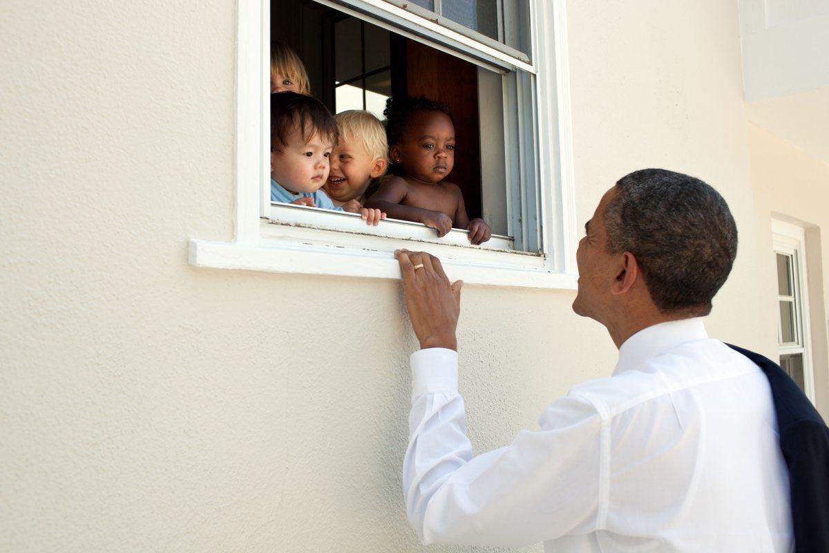 """Le tweet de Barack Obama sur les violences racistes de Charlottesville bat le record de """"J'aime"""""""