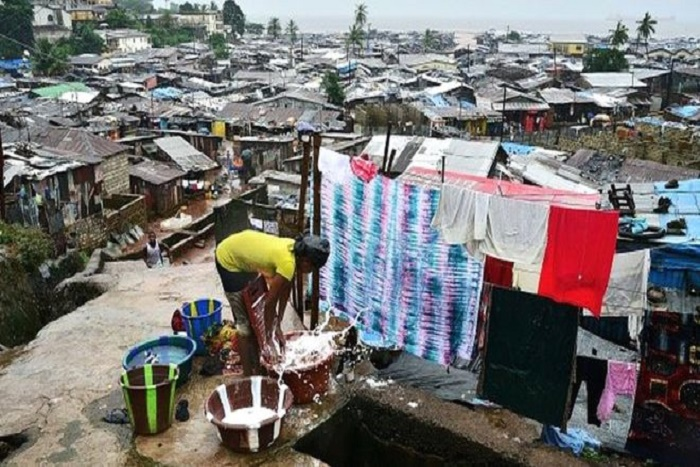Guinée: Au moins 5 morts dans l'éboulement d'une décharge