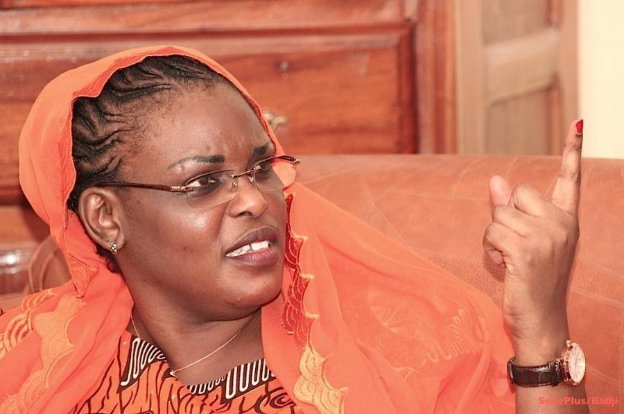 """Farba Ngom sur le départ de Yakham Mbaye de l'Apr : """"La Première dame ne mène pas de combat par procuration"""""""