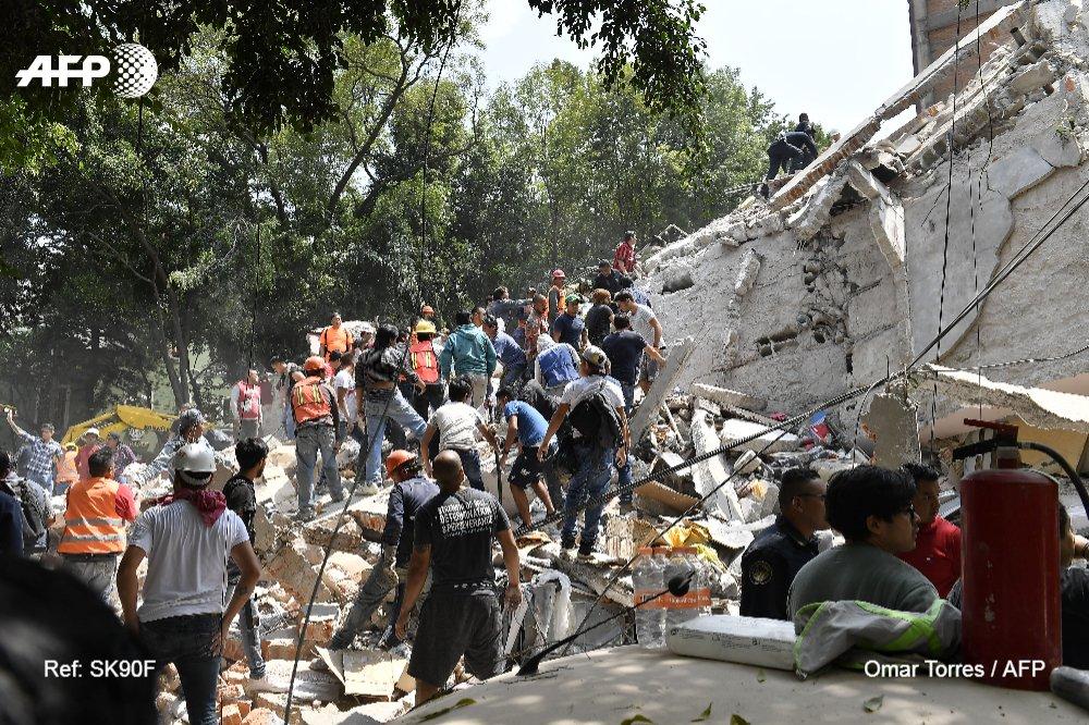 Un puissant séisme secoue Mexico