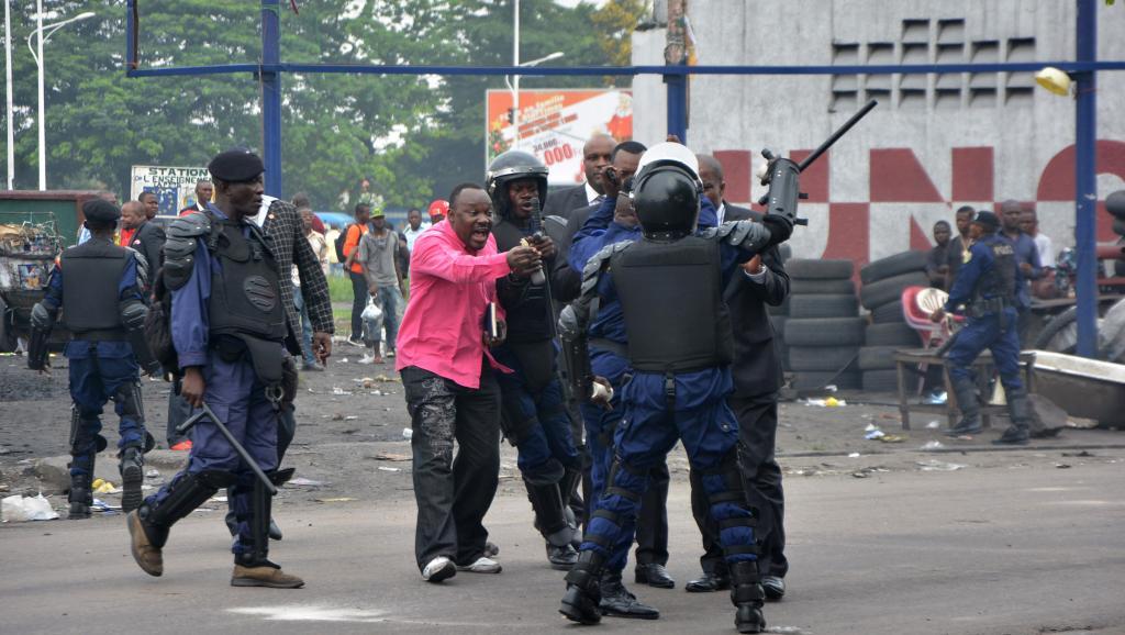 Heurts entre étudiants et forces de l'ordre à Kinshasa