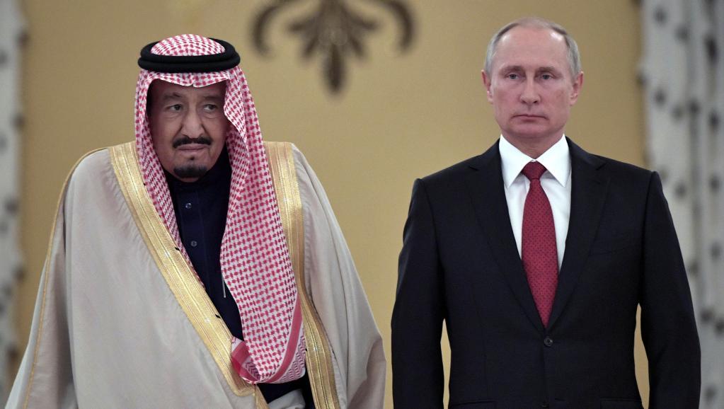 A Moscou : Poutine et le roi Salman d'Arabie Saoudite réchauffent des relations longtemps glaciales