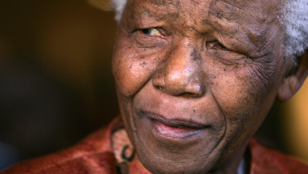 Mandela, président: parution du 2e volume des mémoires de l'ancien chef d'Etat