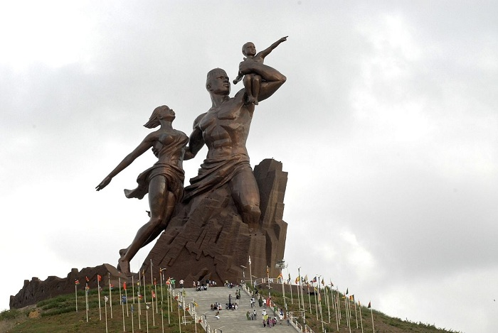 Abdoul Latif Coulibaly au monument de la Renaissance africaine : « C'est une grande œuvre artistique »