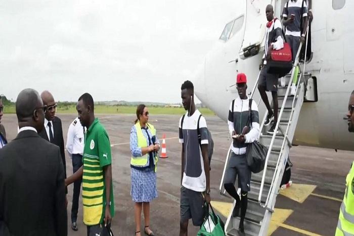 """Afrique du Sud-Sénégal du 10 novembre : C'est finalement l'avion de l'Armée qui va transporter les """"Lions"""""""