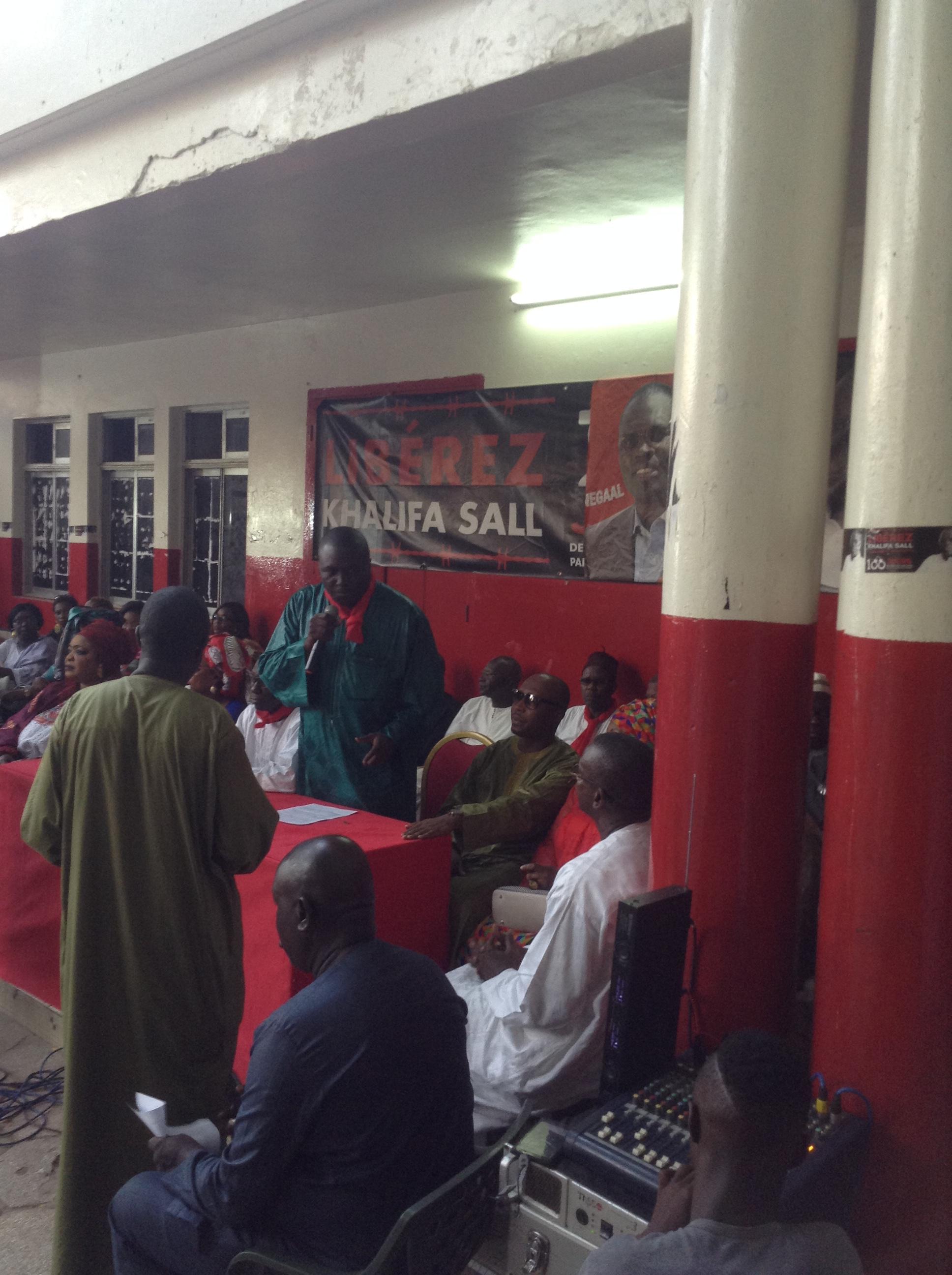 """Bamba Fall et les Khalifistes décrètent la fin des """"vendredis rouge"""" : """"À partît du 1er, nous allons descendre dans la rue pour..."""""""