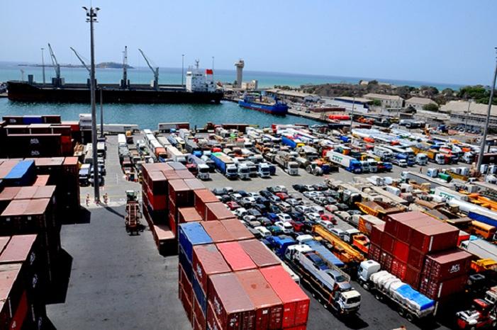 Port - Suspension de contrats: les travailleurs déclarent la guerre à Macky et balancent