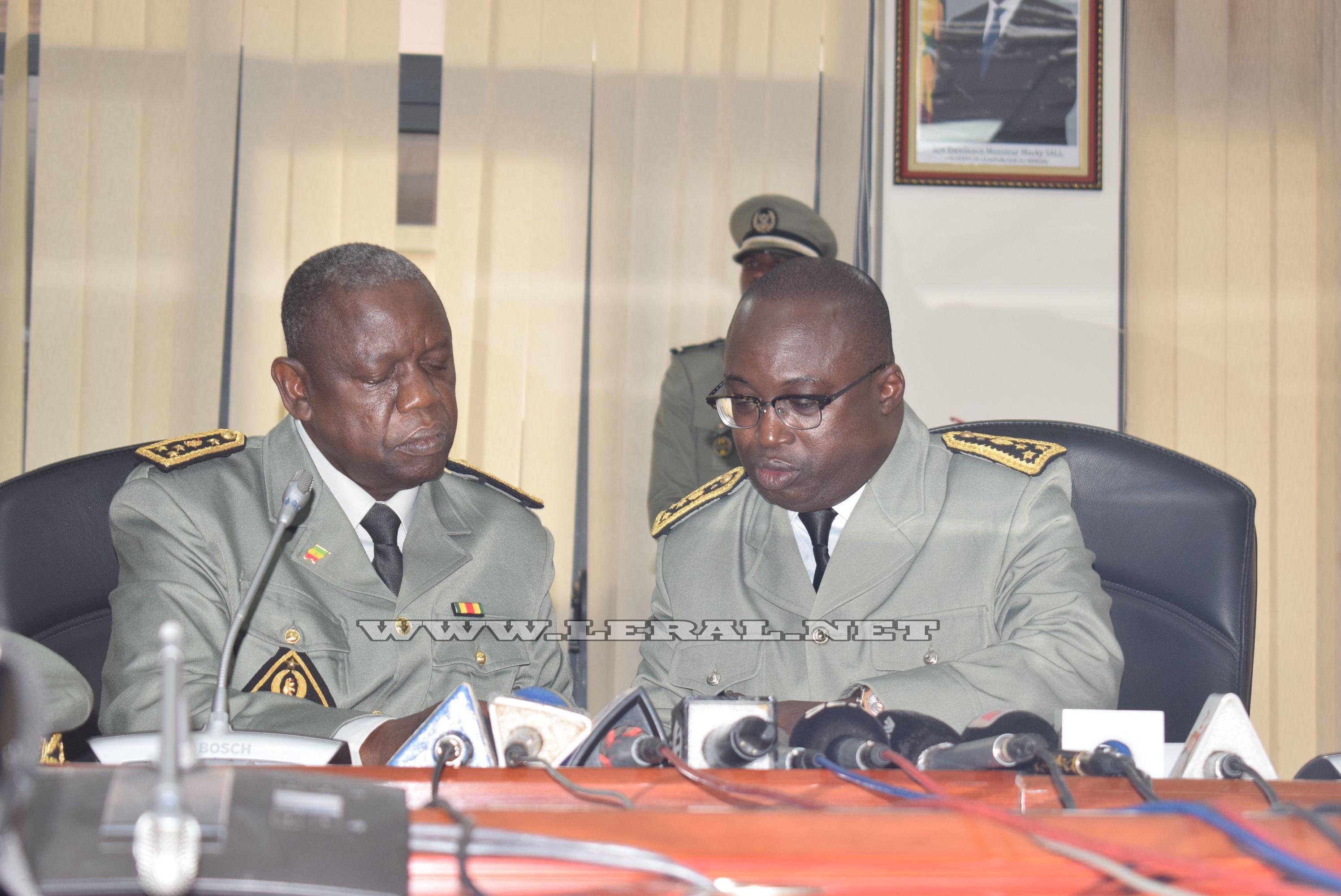Douanes: Oumar Diallo prend le témoin des mains de Pape Ousmane Gueye et décline sa feuille de route