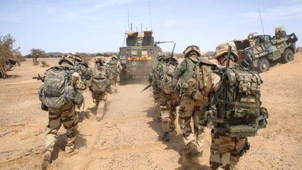 """Des soldats maliens """"tués"""" dans un raid de l'armée française"""