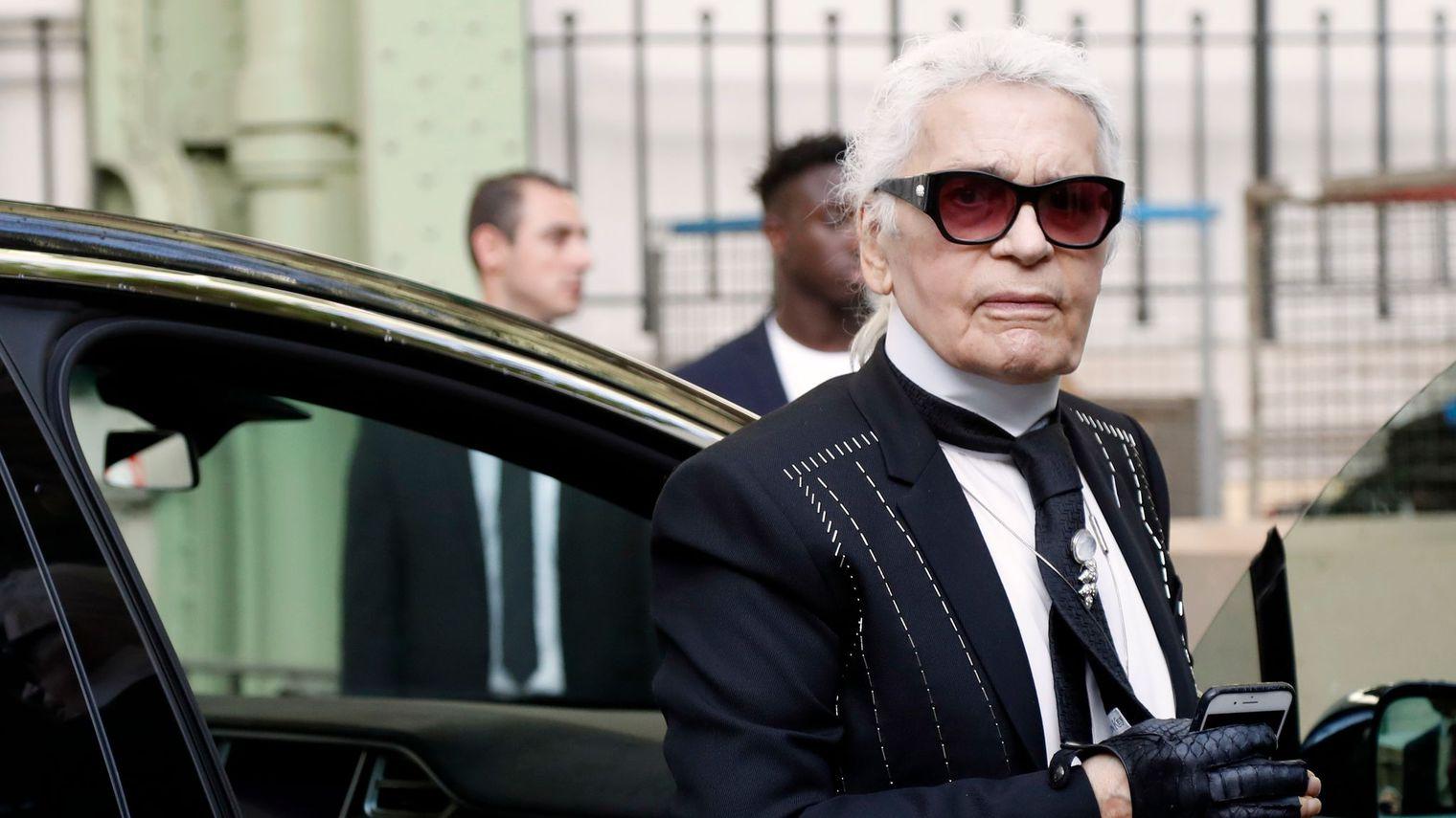 Karl Lagerfeld critiqué pour des propos sur les migrants en Allemagne