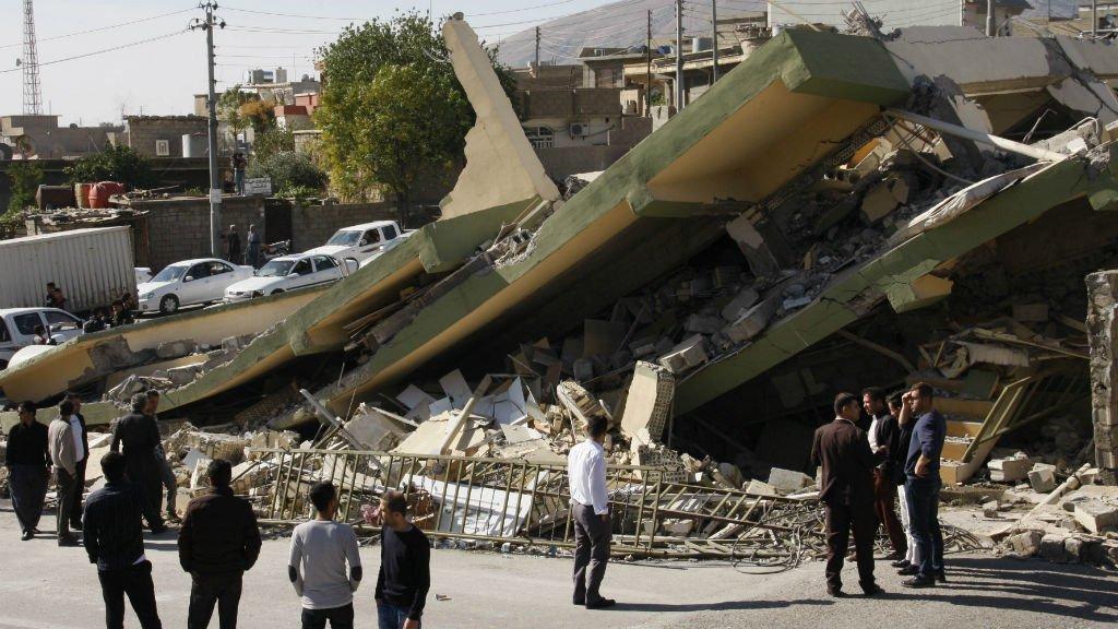 Le bilan du séisme à la frontière Iran-Irak s'élève à plus de 350 morts