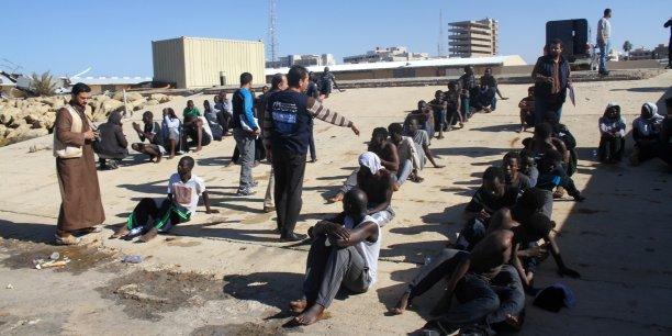 Vente de migrants en Libye : le Sénégal s'indigne et dénonce