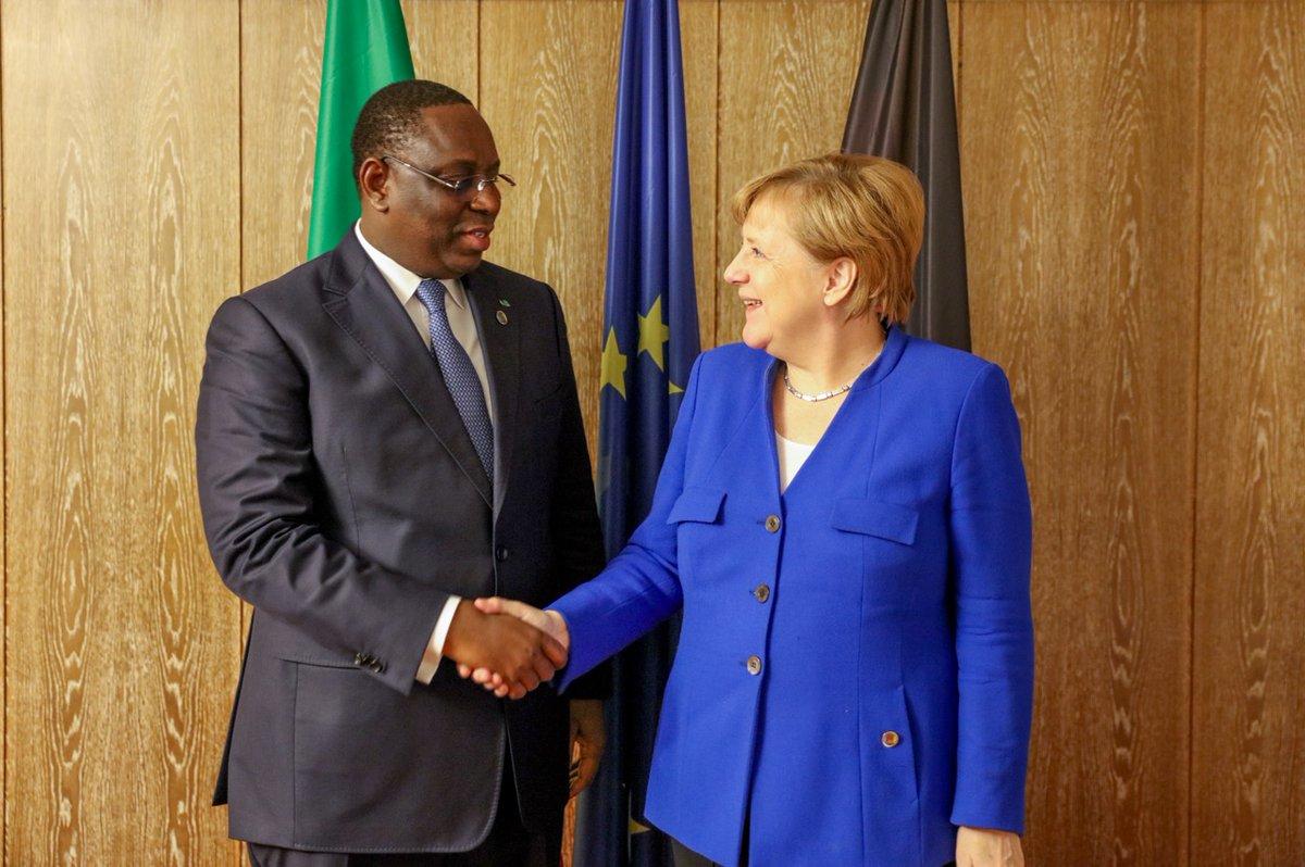 """Sommet UE-Afrique : Le Président Macky Sall dit avoir eu des """"entretiens fructueux"""" avec Merkel, Juncker et..."""