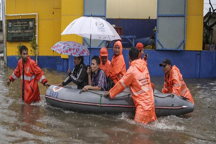 Glissements de terrain et inondations en Indonésie : au moins 19 morts