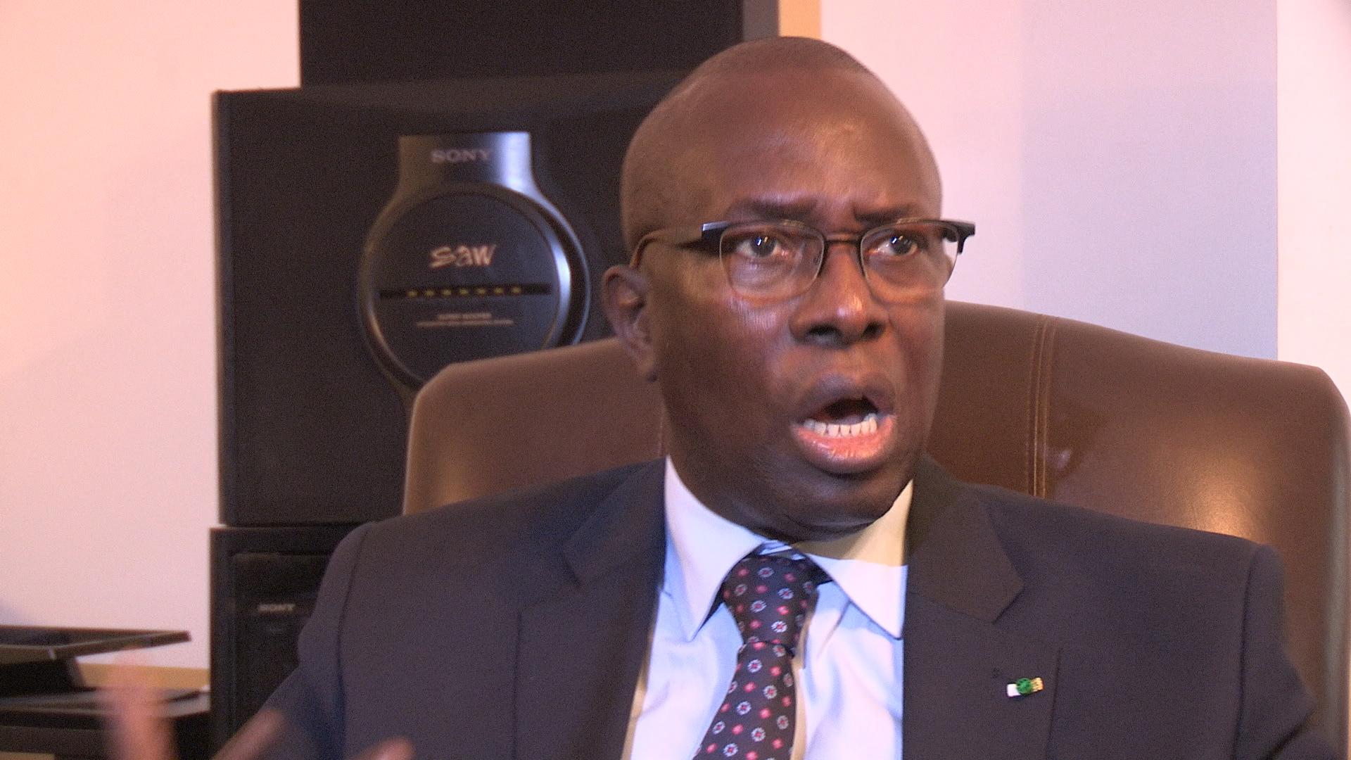 Sortie de Maimouna Ndoye Seck sur la paternité de l'AIBD : Souleymane Ndéné Ndiaye et Aliou Sow crient leur indignation sur Facebook