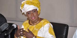 Maimouna Ndoye Seck : « Le personnel de l'aéroport Léopold Sédar Senghor sera transféré à l'AIBD ».