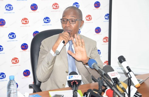 Ouverture prématurée de l'AIBD : Abdoul Mbaye et Cie tirent sur le régime