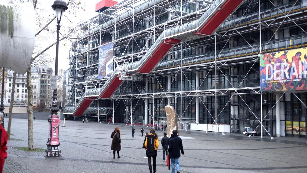«Le Centre Pompidou a l'ardente obligation de devenir un média»