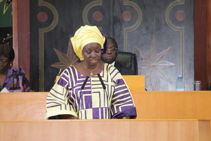 200 milliards de Mimi Touré : l'opposition réclame sa commission parlementaire
