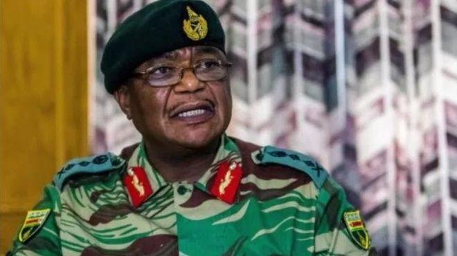 Zimbabwe : l'ex-chef de l'armée nommé vice-président