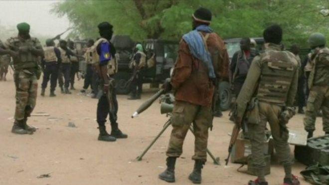 Mali: trois soldats tués dans l'explosion d'une mine