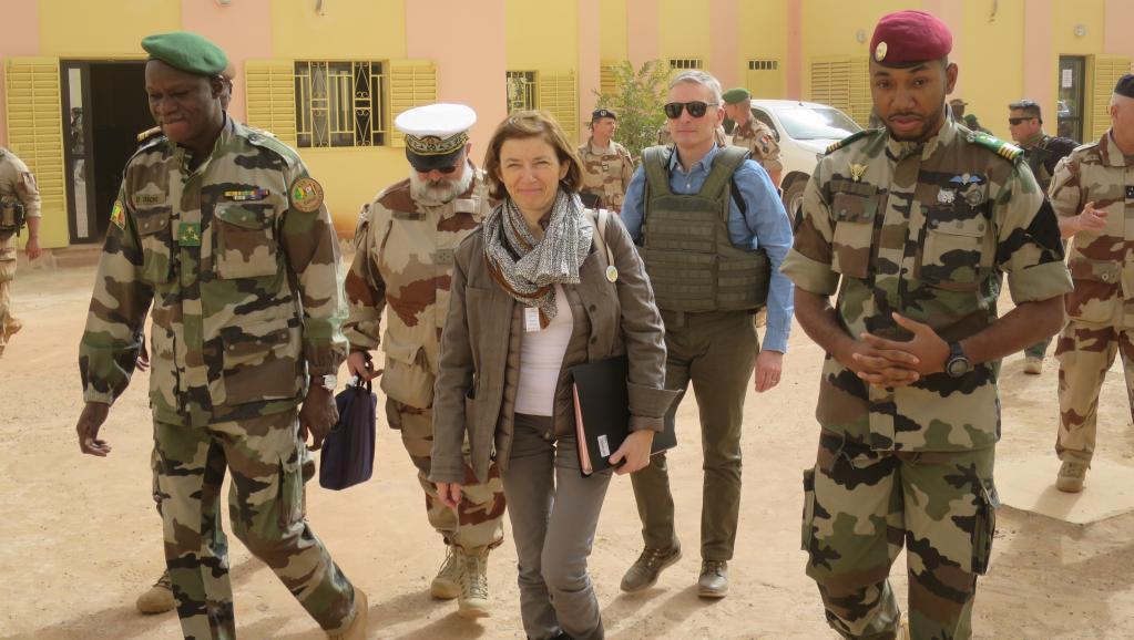 Mali: la ministre des Armées Florence Parly en visite à Sévaré au PC du G5 Sahel