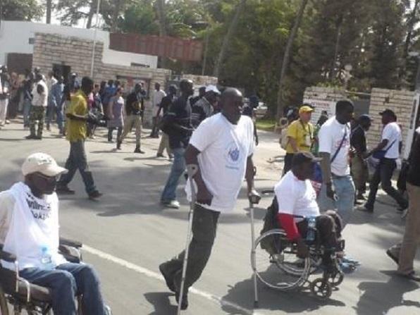 Louga : les personnes vivant avec un handicap n'ont pas accès à la gratuité des soins médicaux et…