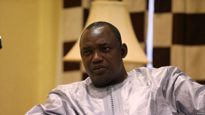 Adama Barro à Touba pour présenter ses condoléances à la communauté mouride