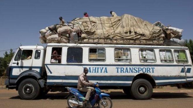 Treize civils tués au Mali par une mine