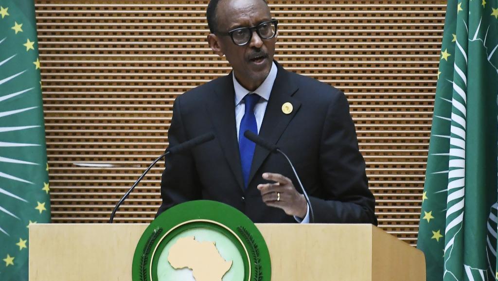 A la Une: Kagame, nouveau patron de l'UA