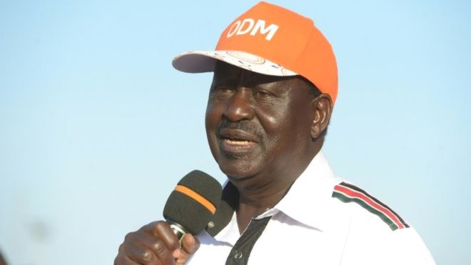 "Odinga ""prête serment"" comme ""président"" du Kenya"