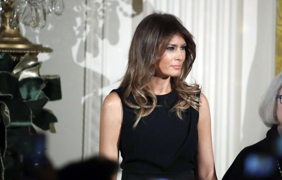  Etats-Unis: Face aux rumeurs d'infidélité de son mari, Melania Trump reste impassible